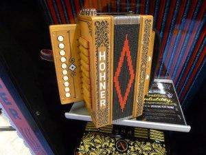 new cajun box