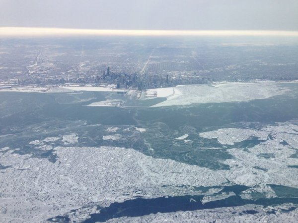 chi-ugc-photo-icy-flying into Nashville-2014-02-05